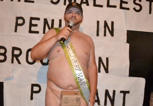 Nem tudok szexelni egyetlen nővel sem - kiált ki a világ legnagyobb pénisze (Fotók)