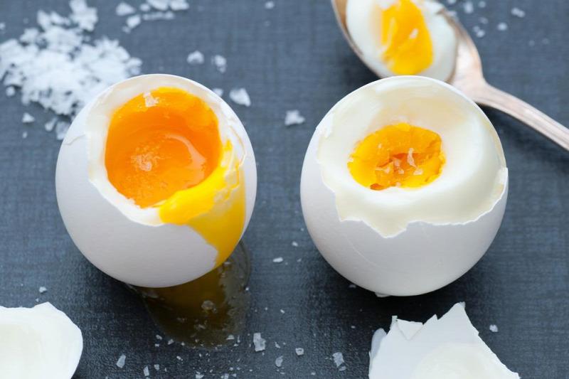 péniszeket és tojásokat eszik gyógyszer az erekció kezdetére
