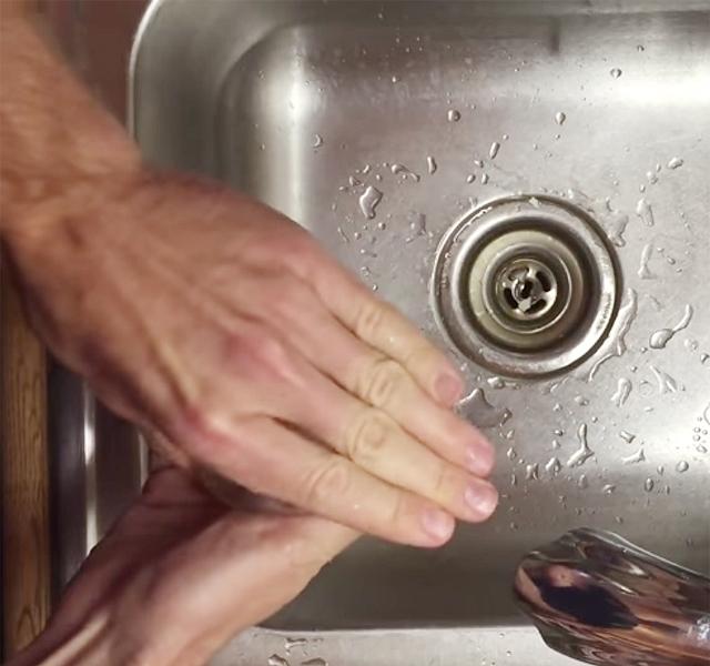hideg víz a péniszhez