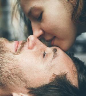 Becsukja a férfi a szemét közben? - Ezt jelenti, ha igen - Nő és férfi | Femina