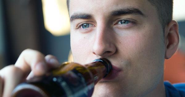 gyenge merevedés alkohol után)