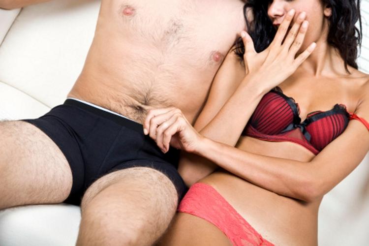 a pénisz nem nagy egy lány számára)