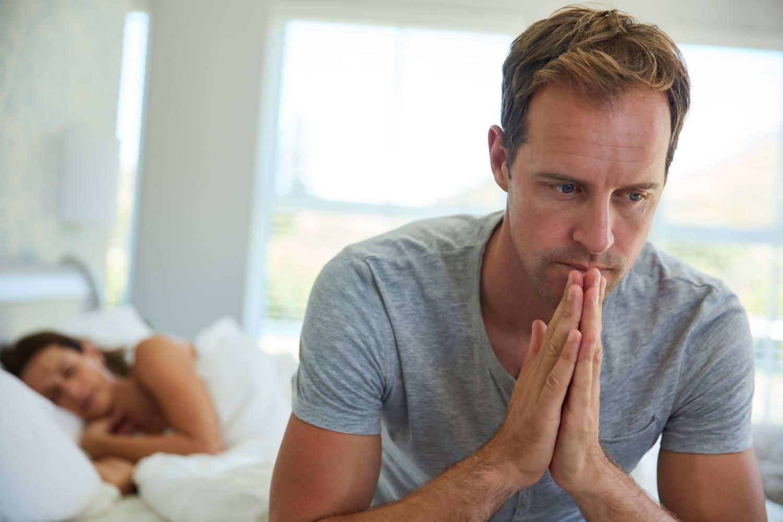 Nyakfájás 7 oka, 6 tünete és 4 kezelési módszere