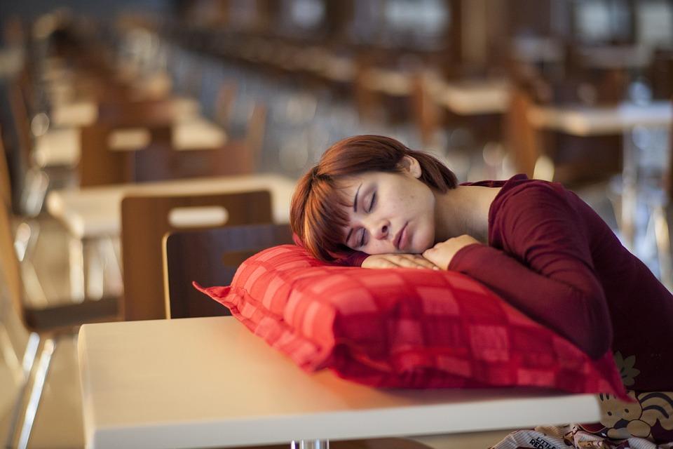 az erekció hiánya a fáradtság miatt