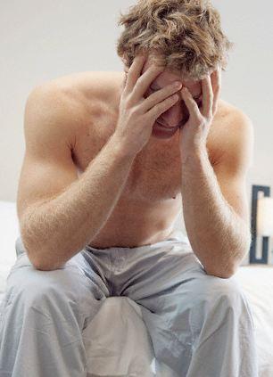 Merevedési zavar: amit a férfiak elhallgatnak - HáziPatika