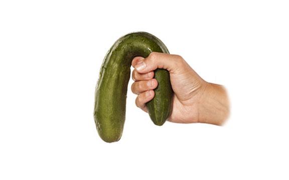 erekcióval puha pénisz)